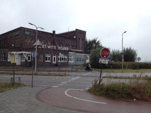 Oversteek Witte Theater